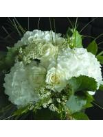 Imposant bouquet hortensias et roses blanches