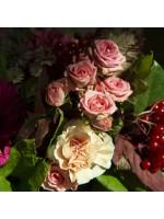 gros plan roses ramifiées