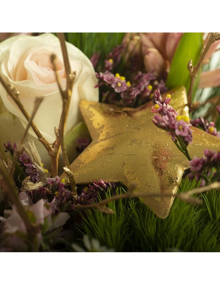 Détail bouquet rose et étoile